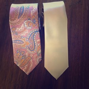 Brand name tie bundle